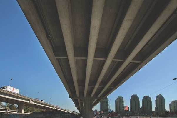 The City of Vancouver is pushing to remove the viaducts, part of a never-completed downtown freeway, to make way for housing development and a park. Photo Rob Kruyt