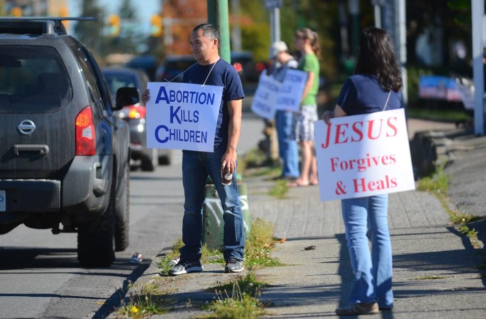 Life Chain, anti-abortion