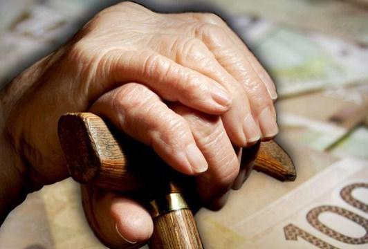 Seniors poverty
