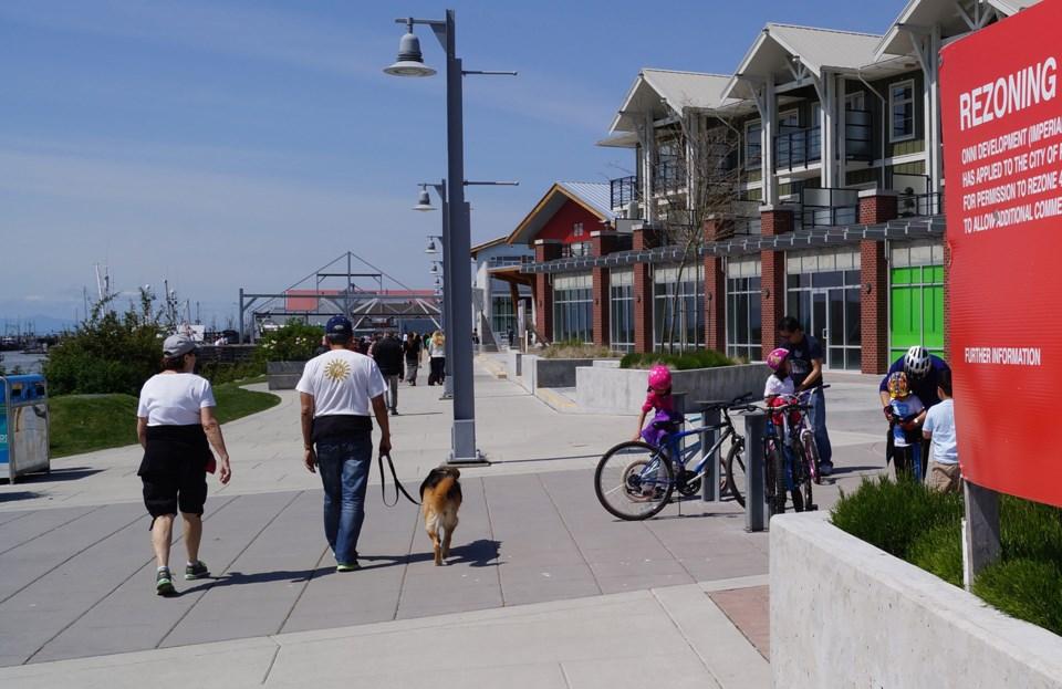 Onni Steveston boardwalk