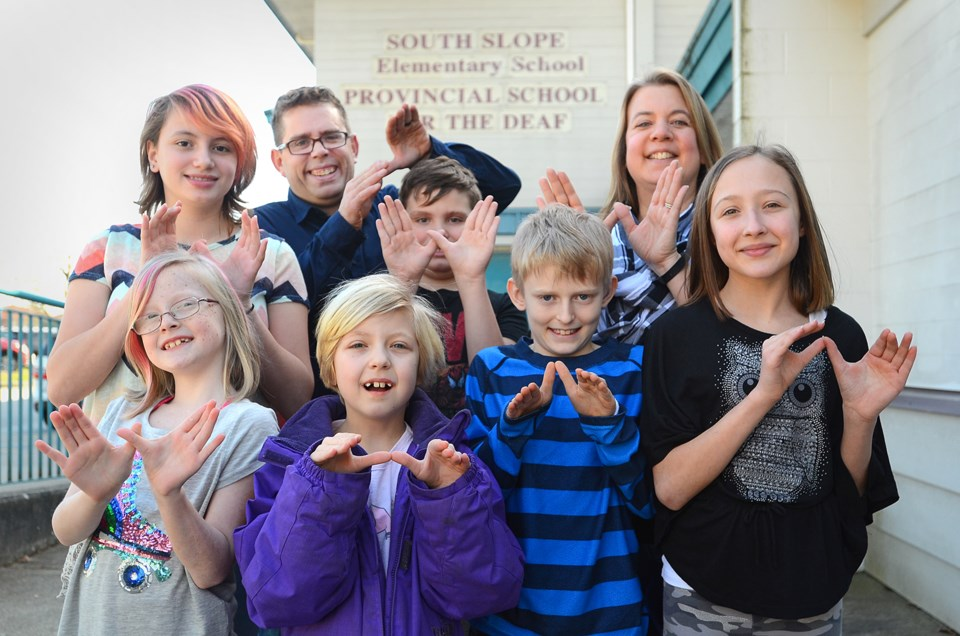 B.C. Provincial School for the Deaf, Flying Hands