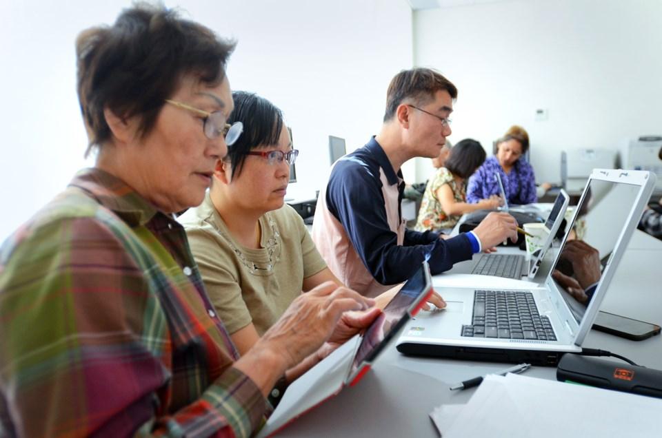 B.C. Technology for Learning, Burnaby Neighbourhood House