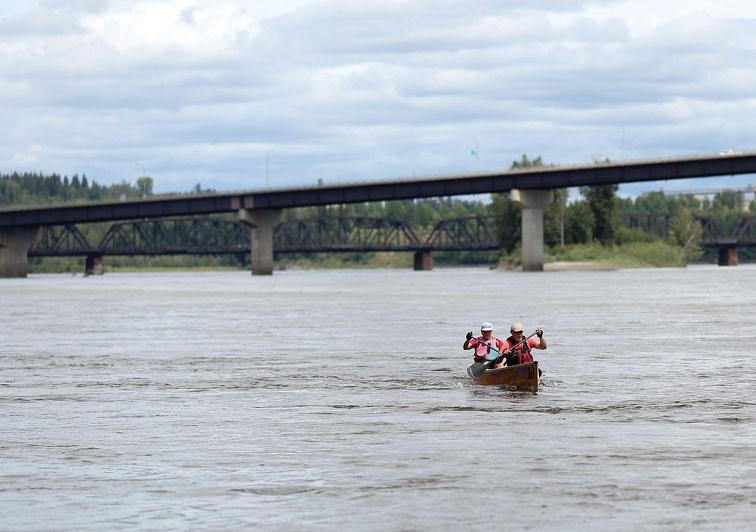 2016 Northern Hardware Prince George Canoe Race_8