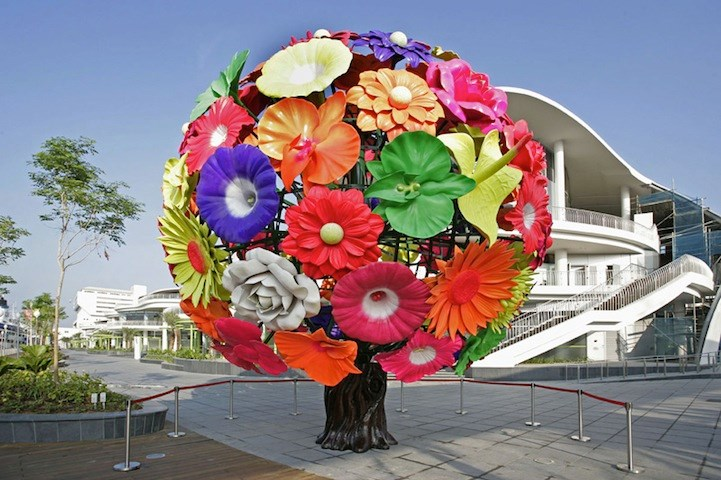 Public art planner, Eric Fiss, is asking city council to approve the Flower Tree, by South Korean artist Choi Jeong Hwa, to be errected at Hollybridge Way Plaza. Photo submitted