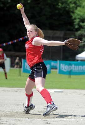 Maddy Jones, pitcher with the North Shore Avalanche.