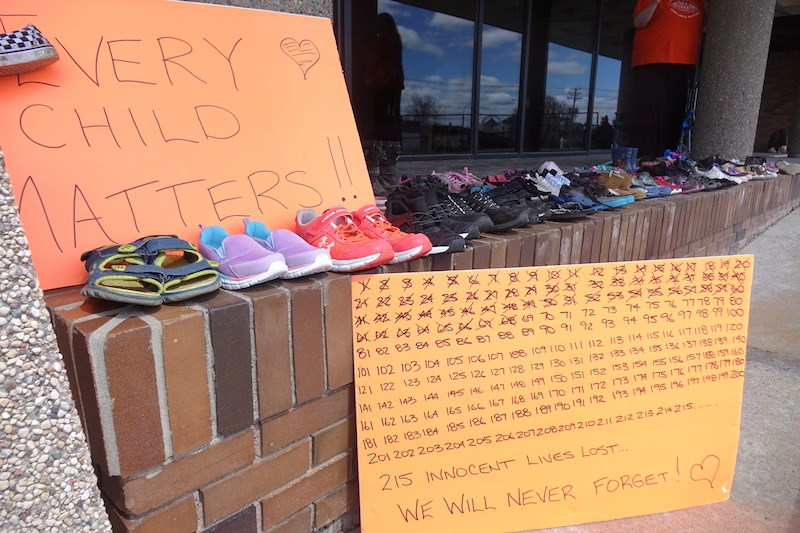 shoe memorial may 30 2021