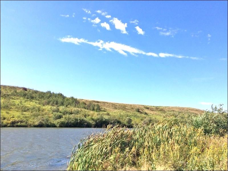 Scott Reservoir can be found along the grid road between Wilkie and Scott. Photos by Helen Urlacher
