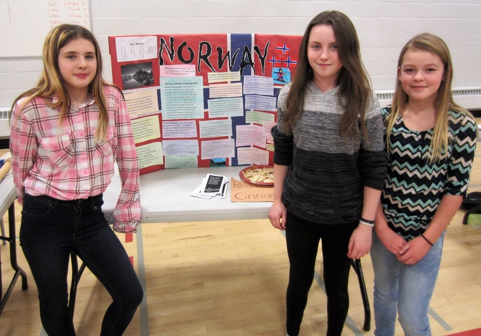 OHS Grade Six Students Hold FolkFest_0