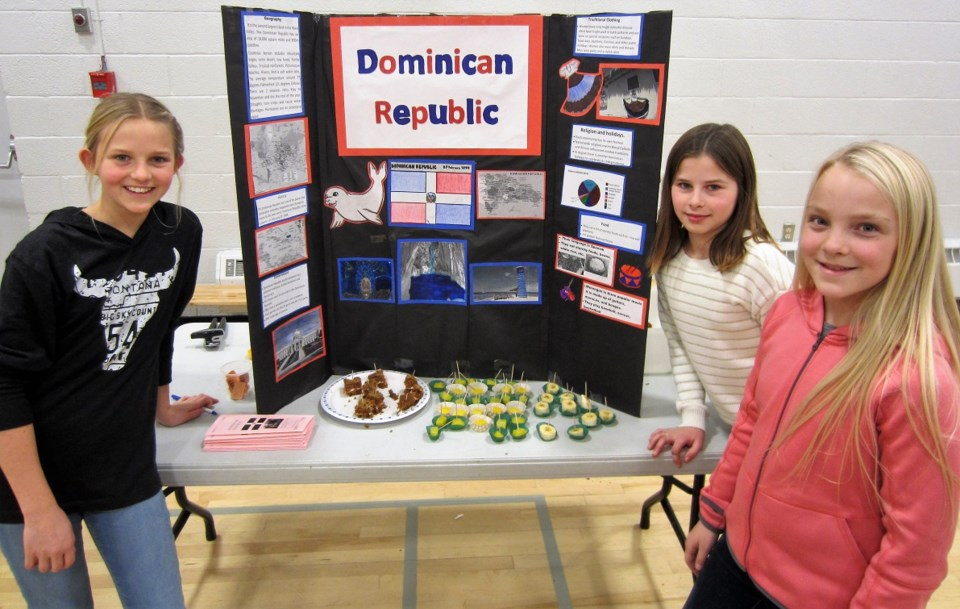 OHS Grade Six Students Hold FolkFest_1