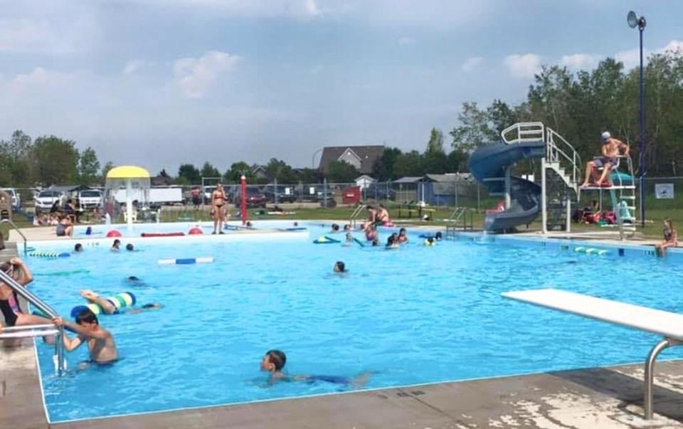 Carlyle Swimming Pool