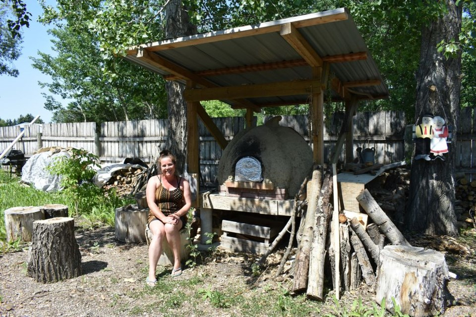 Oven In 2012, permaculture instructor Stacey Tress built a cob oven with her husband after they took a workshop in northern Saskatchewan. Tress says the traditional outdoor oven, made from clay, sand, and straw, is capable of baking rustic bread, whole roasts, or wood fire pizza – making it an ideal summer kitchen component.