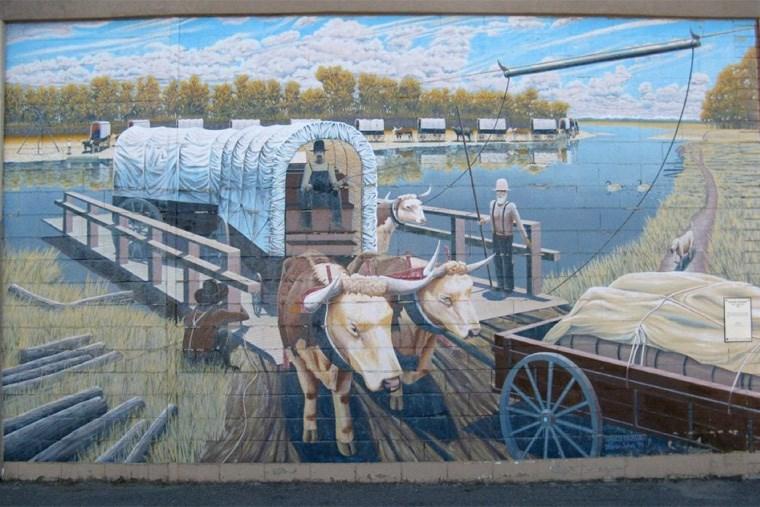 27 HSG - high rivers historical murals