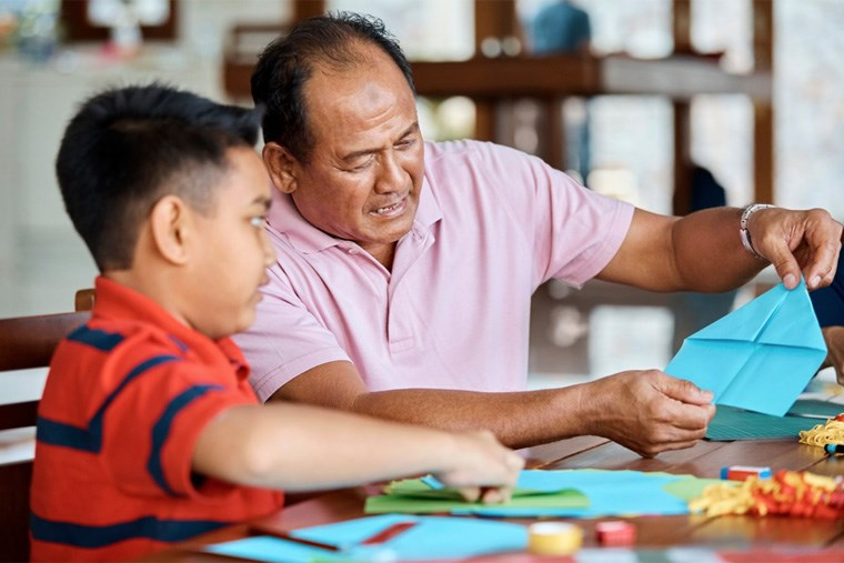42B_8-simple-activities-to-enjoy-with-your-grandkids