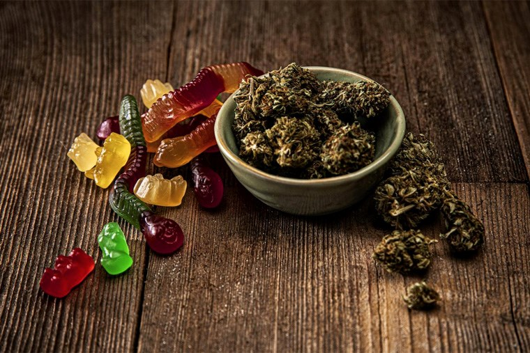 18A-The Ultimate Guide to Using Cannabis Gummies