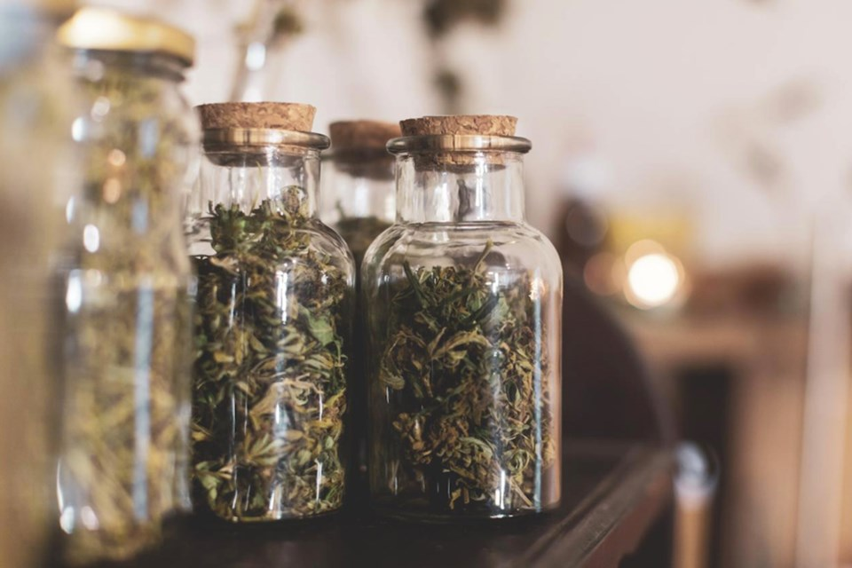 Article-14B_these-luxury-marijuana-accessories-are-worth-their-high-price