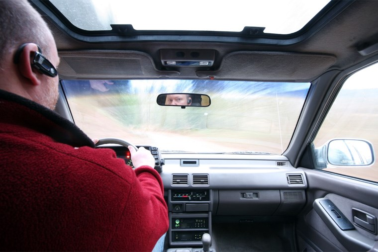 22A_keep-your-eyes-on-the-road-with-these-hands-free-accessories