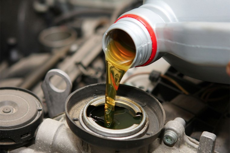 27B_heres-how-to-spot-a-vehicle-leak-and-how-to-fix-it