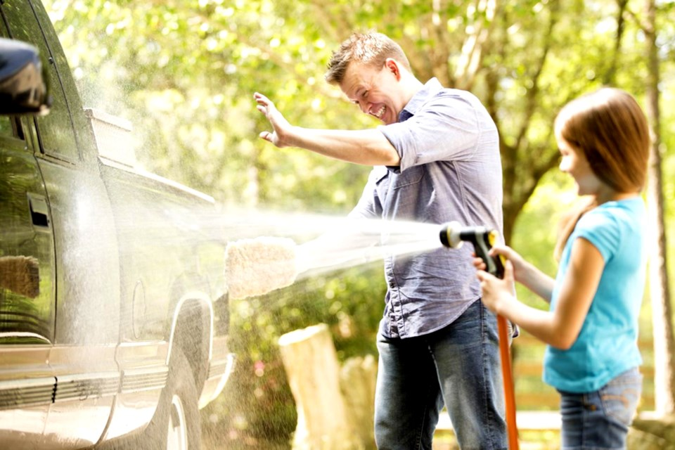 Article-15A_get-your-car-ready-for-warmer-weather-with-spring-cleaning-tips-and-tricks