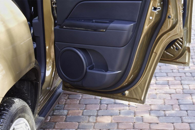 Article-16B_upgrade-your-cars-sound-system-on-a-budget