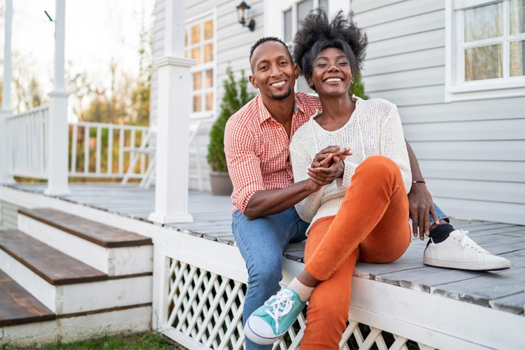 22A_renting-vs-owning-a-home-the-pros-and-cons-of-each