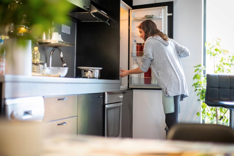 Article-17B_when-to-replace-large-appliances-tips-and-tricks-every-homeowner-should-know