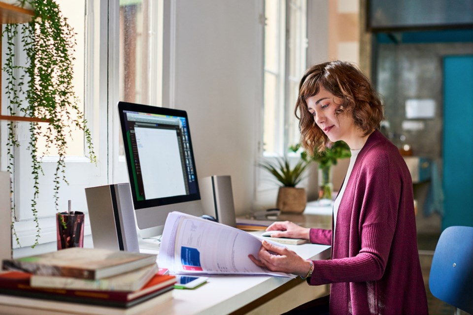 Article-9A_5-simple-ways-to-upgrade-your-work-from-home-office