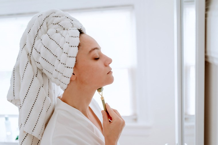 25A_why-face-rollers-should-be-your-next-skincare-purchase