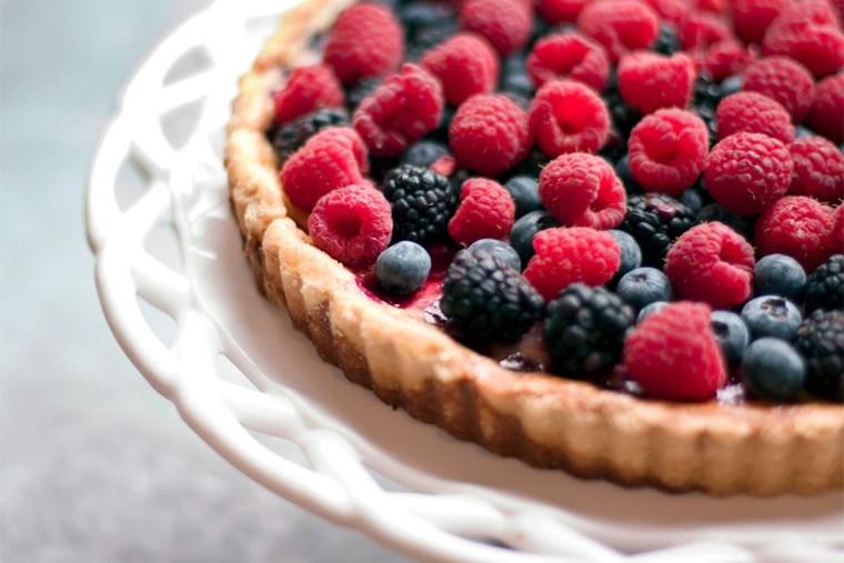 32B_7-fruit-filled-desserts