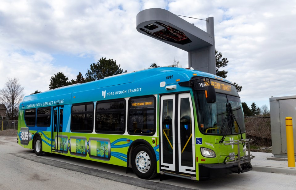 20201003 YRT electric bus and charger