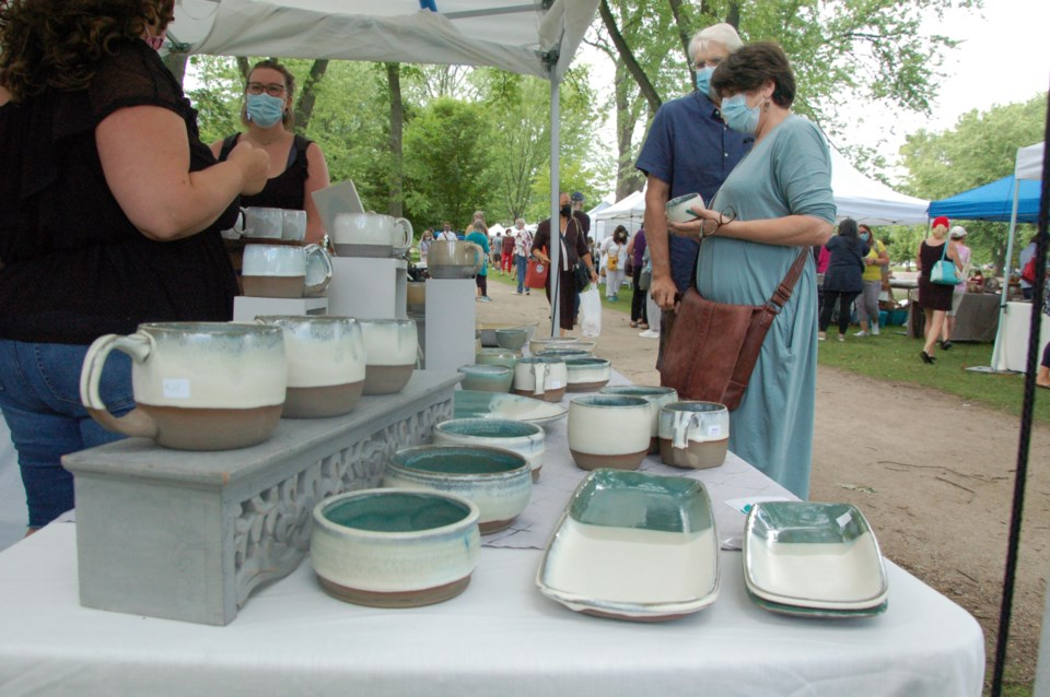 20210810 Guelph Potters Market 11 RV