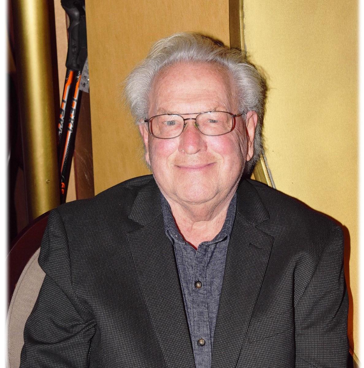 Robert George (Bob) SCOTT