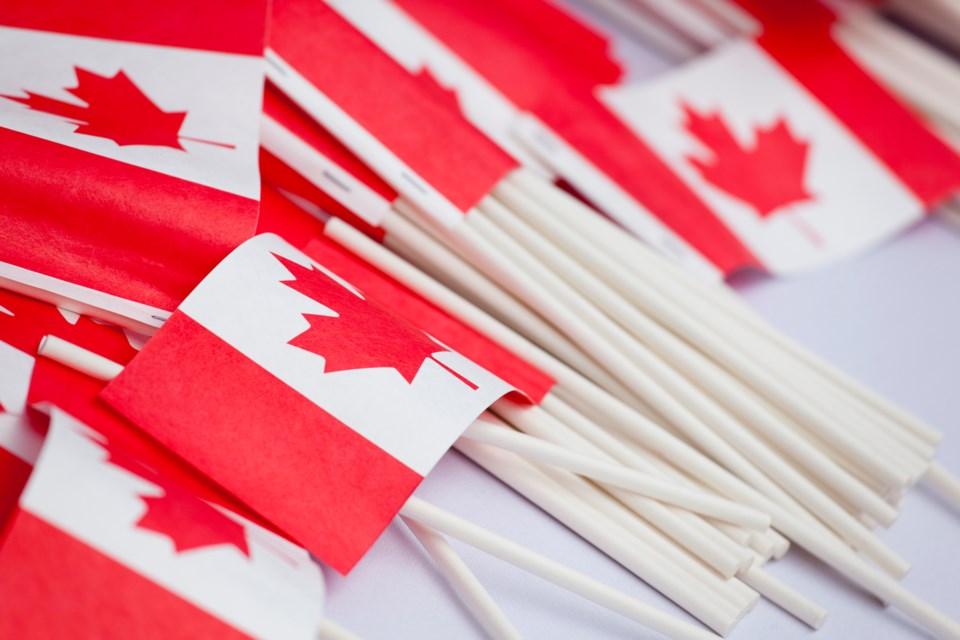 CanadaFlags_184873755