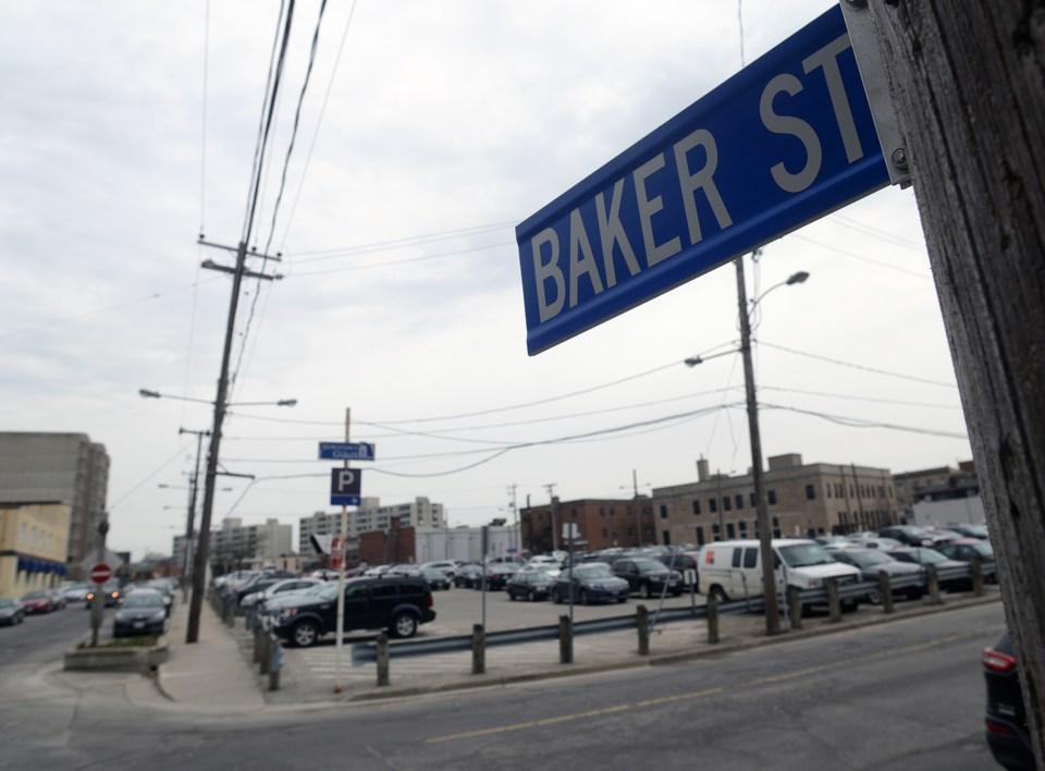 20160421 BAKER STREET ts