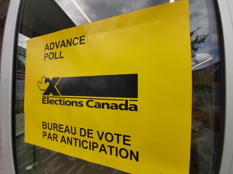 20210911 Advanced Poll Voting sign RV
