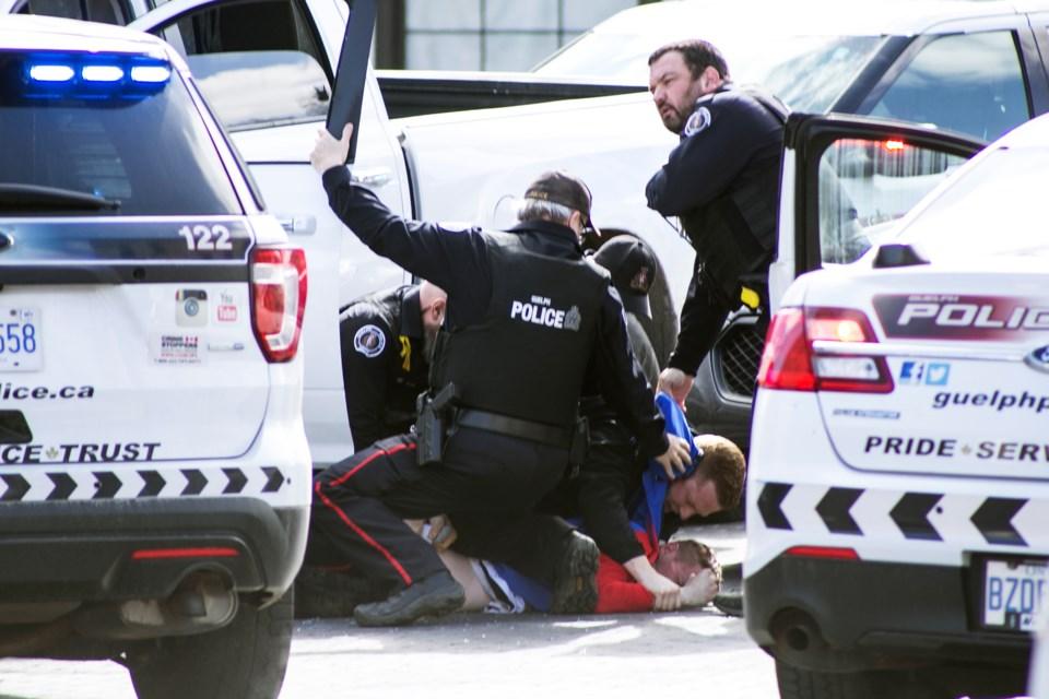 20210329 Carden Street Police Takedown KA 03