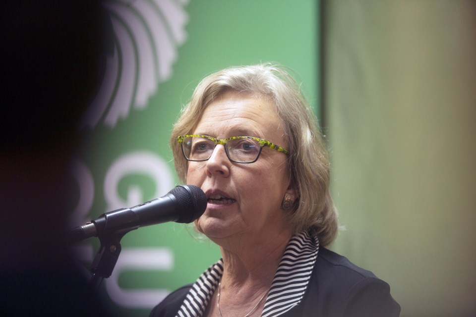20171010 Elizabeth May Green Party Office Opening KA 07
