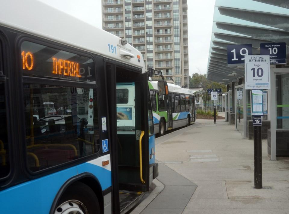 20170903 bus ts 4