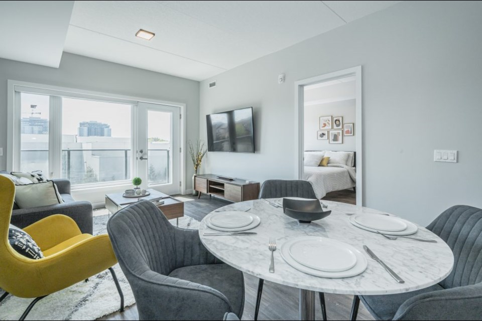 URBN Lofts is a luxury rental residence that offers upscale, maintenance-free living in one of the most sought-after neighbourhoods in the city.