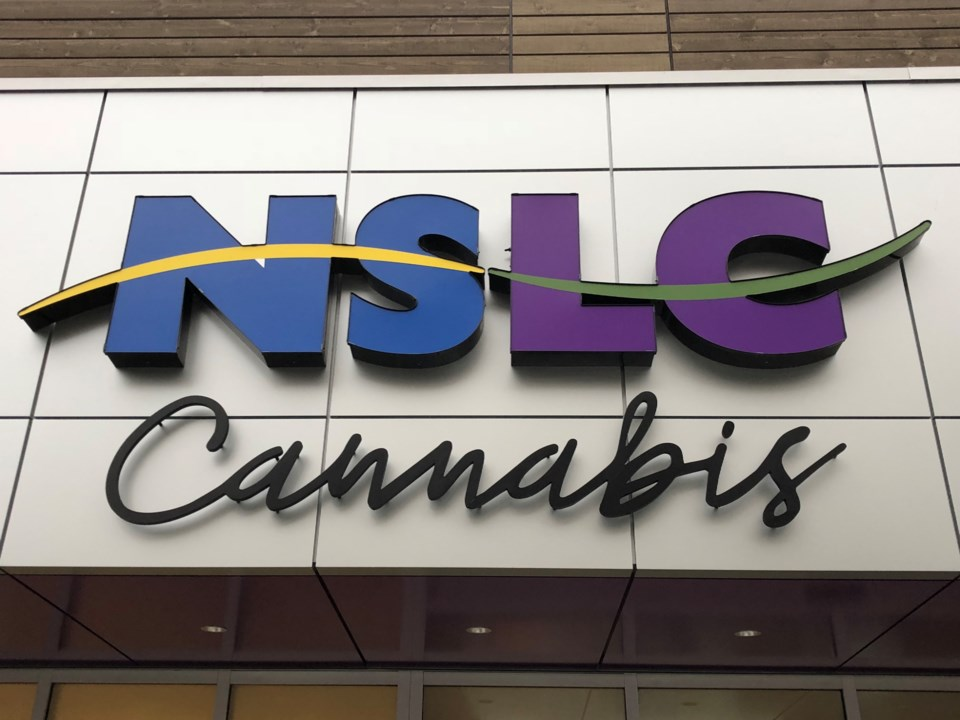 100318-nslc cannabis-IMG_8142