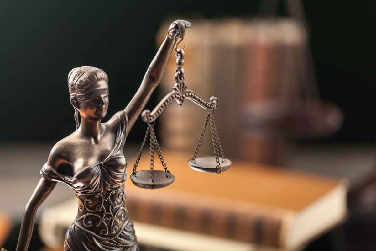 COVID-19: In virtual courtrooms, the absence of non-verbal cues may threaten justice