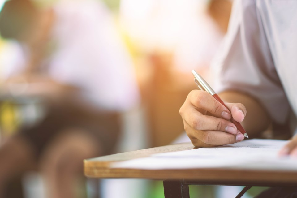 082318-classroom-school-high school-teacher-AdobeStock_172121426