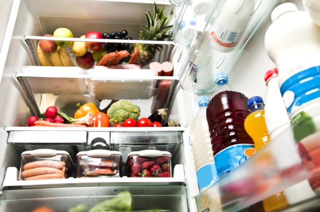 010517-fridge-refrigerator-food-AdobeStock_31642418