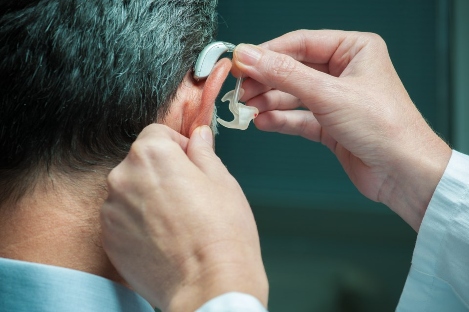 022618-hearing aid-AdobeStock_68115920