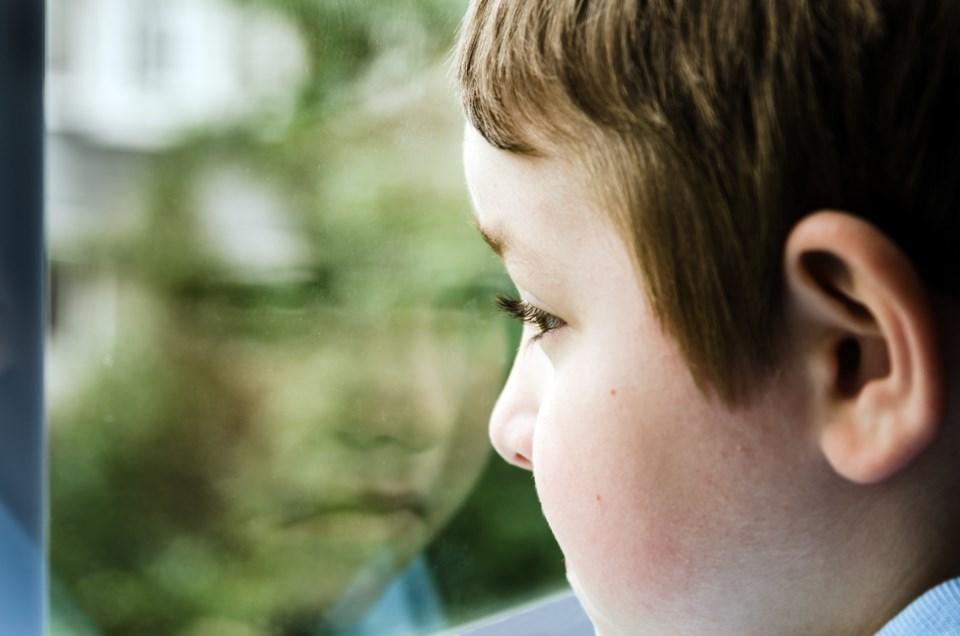112117-child-abuse-poverty-AdobeStock_53987745