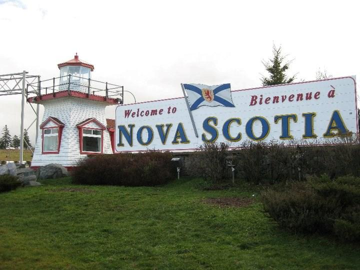 050520 - nova scotia border sign