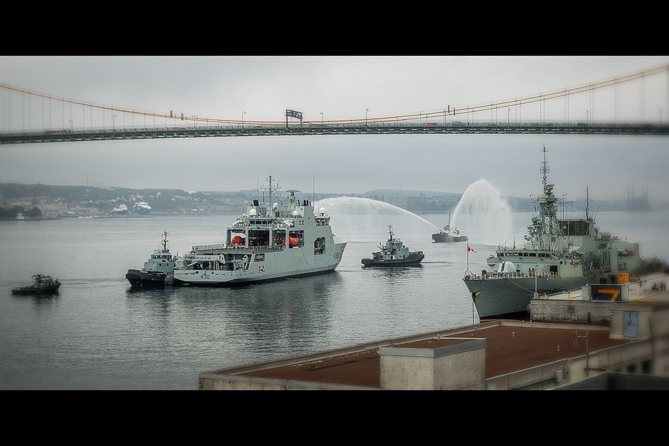 The HMCS Harry DeWolf being moved from Halifax Shipyard to the NJ Jetty at CFB Halifax Dockyard (Photo credit: Irving Shipbuilding)