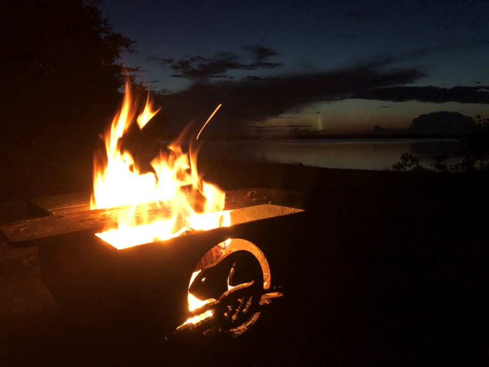 070219-camping-parks canada-campfire-IMG_2214