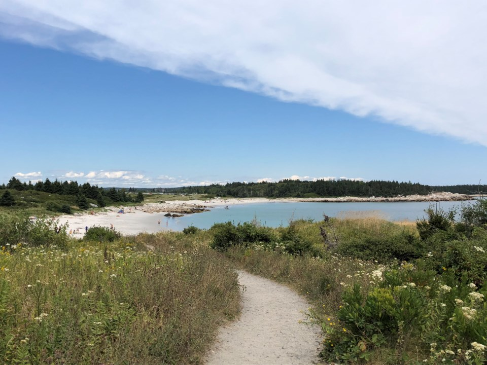 121118-crystal crescent-provincial park-beach-pennant point-IMG_7753