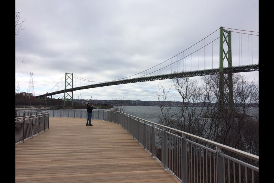 A view of the MacKay Bridge from the Canada 150 Trail at Shannon Park on November 18, 2017. (Meghan Groff/HalifaxToday.ca)