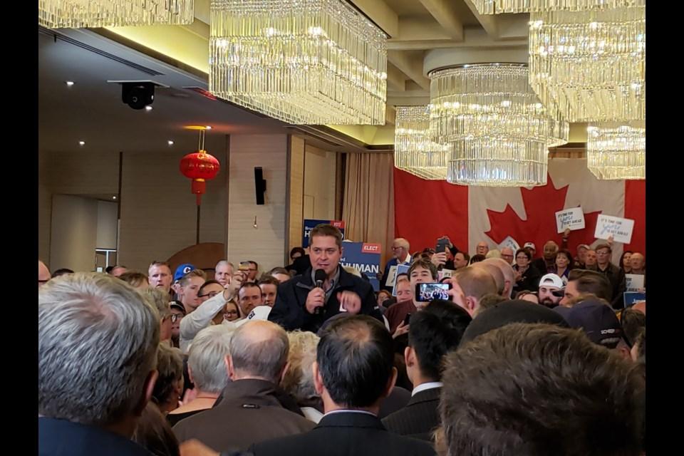 Conservative Leader Andrew Scheer makes campaign stop in Bedford, Nova Scotia on October 3, 2019. (Chris Halef/HalifaxToday.ca)